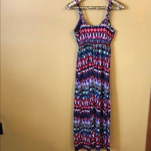 NO BOUNDARIES Maxi Dress - Size M(7-9)